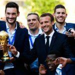 Emmanuel Macron et le football, entre passion et exagération